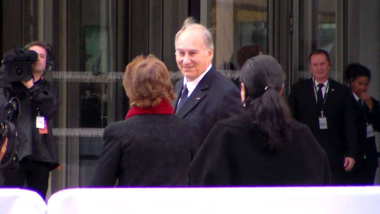 prince karim aga khan iv paris 20 october 2014 fondation vuitton youtube. Black Bedroom Furniture Sets. Home Design Ideas