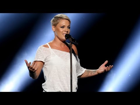 Pink is getting star on Hollywood Walk of Fame Mp3