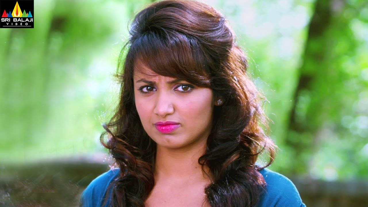 cleavage Tejaswi Madivada naked photo 2017