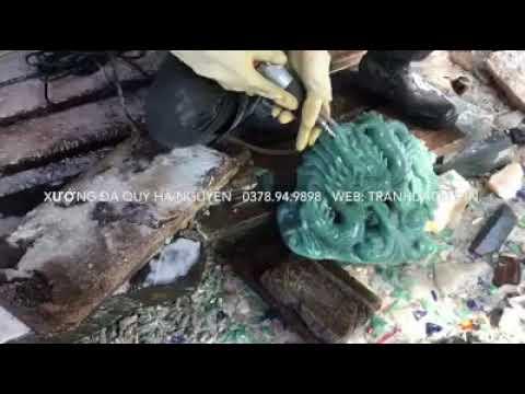 xưởng chế tác đá phong thủy   tạc tượng hình rồng đá thạch anh xanh