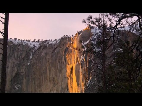 Derek Moore - Rare Firefall Returns to Yosemite and it's Awesome