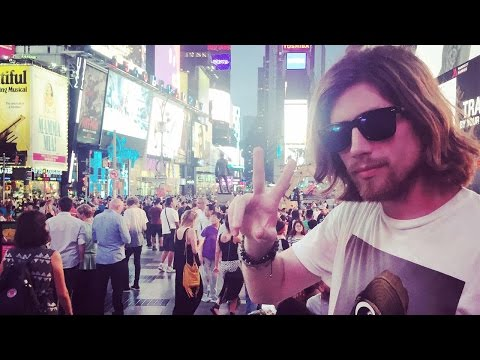 Mit Zuschauern nach New York   Sarazar in den USA #airtramp