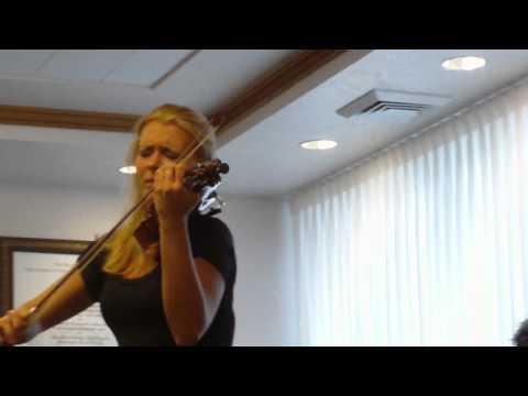 Aria - Johann Sebastian Bach; Oksana Peceny, Violin, Gerta G. Wiemer, Piano.