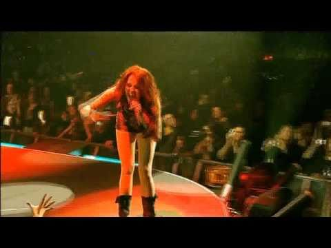 Kicking And Screaming [Live] Miley Cyrus - Wonder World Tour [DVD] HD