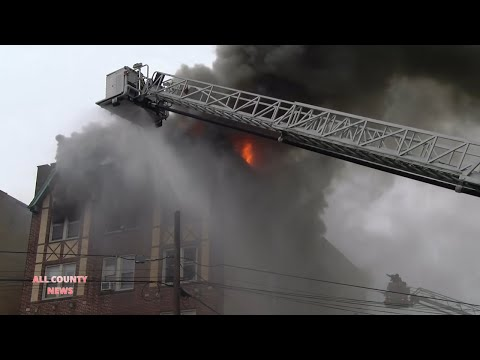 3-ALARM FIRE DESTORYS LARGE APARTMENT BUILDING in ROSELLE NJ
