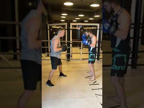Владислав Григорьев тренировка по Боксу