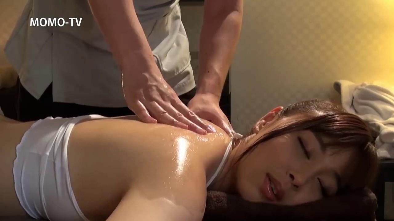 Hot oil massage vid asian