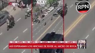 TREMENDO: Así esperaban los hinchas de River al micro de Boca