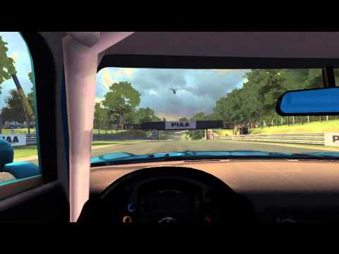 Intel Core M (HD 5300) Gaming - GRID Autosport - Attract Mode - 2015 Macbook