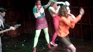 Jasmin Wagner - Grotesksong [Ärzte Cover] - Theaterstück 'Familienbande' 2013