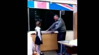 Repeat youtube video Pelajar Perempuan tendang kemaluan cikgu di sekolah (vote if you agree)