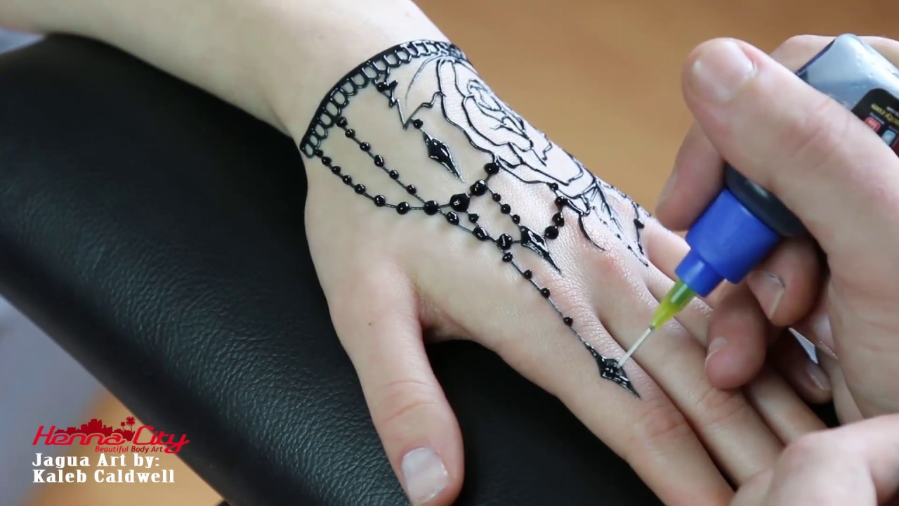 Jagua Tattoo: Temporary Rose Jagua Tattoo Made With Jagua Gel