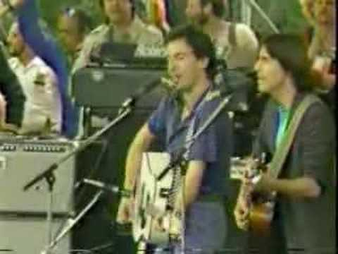 Bruce Springsteen & Jackson Browne - The Promised Land - YouTube