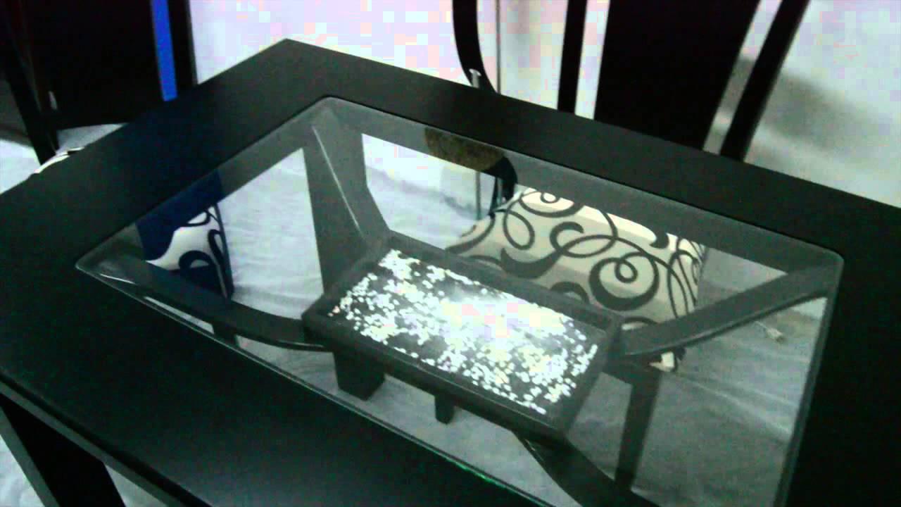 Comedor en madera veneciano 4 puestos color negro for Comedor 4 puestos vidrio