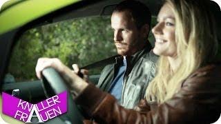 Autofahren mit Knallerfrau
