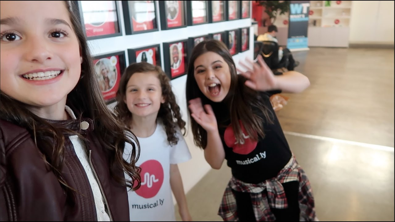 at musical ly hq with sophia grace  wk 308 7