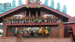 World's Biggest Cuckoo Clock Is Back!!