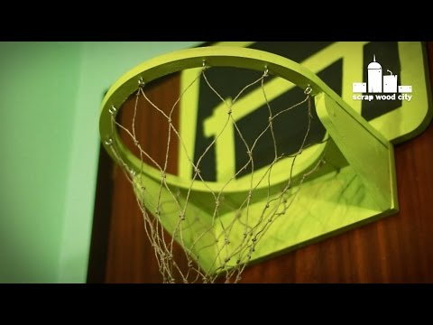How to make a duct tape indoor basketball hoop doovi for Homemade indoor basketball court