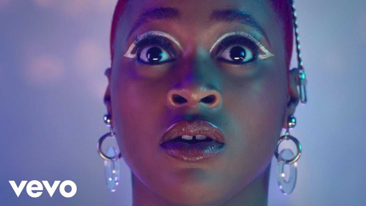 TIERRA WHACK -LINK (OFFICIAL VIDEO)