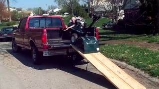 One Man Ez Load - Loads A Roto Tiller Onto A Pickup Truck