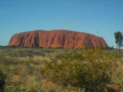 Uluru (Ayers Rock) and Kata Tjuta (the Olgas): Australia's Outback -- Uluru-Kata Tjuta Nat'l Pk, NT.