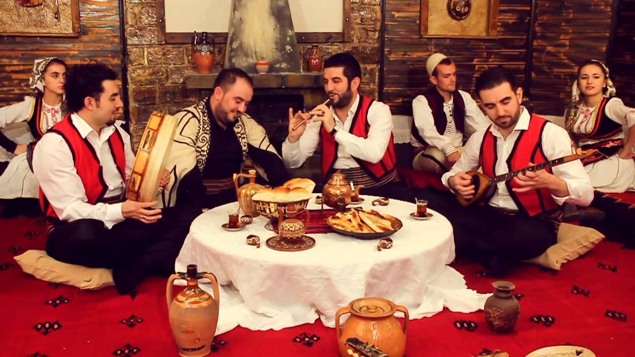 Download Adnan Kamberi ft.Agim band  -  Burrat e sodit (Official Video) 2013