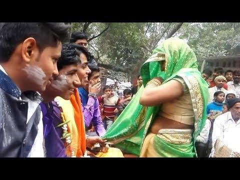 विडियो देख आपकी हंसी नहीं रुकेगी - Funny Wedding - Indian Wedding Video