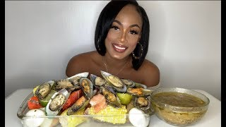 GIANT GREEN LIP MUSSELS SEAFOOD BOIL MUKBANG!!!