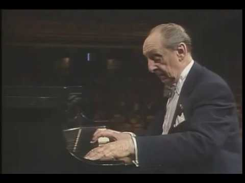 Vladimir Horowitz plays Liszt: Consolation No. 3 (1987)