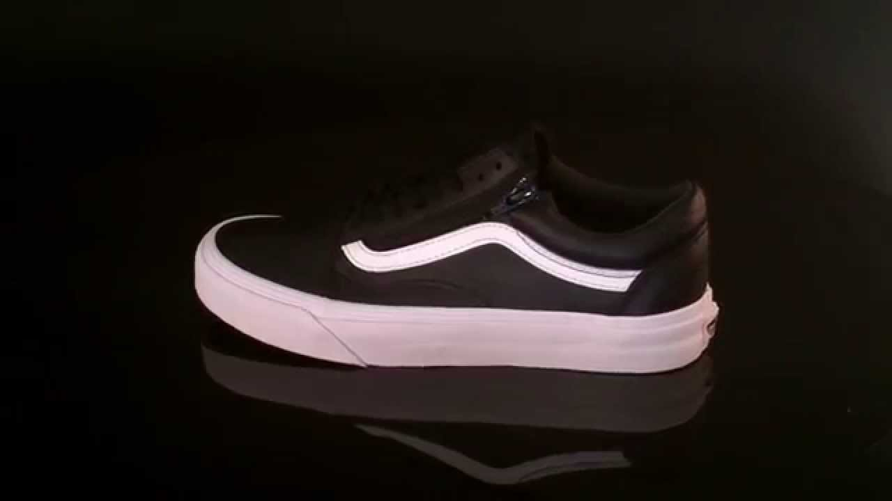 vans u old skool black