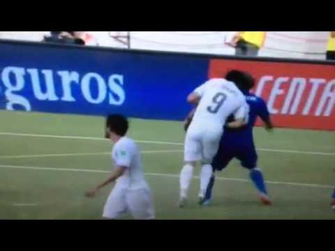 Suarez appears to bite Chiellini