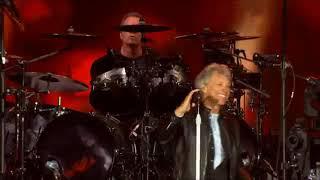 Bon Jovi LIVE 2017 Bed of Roses Cama de Rosas PRO SHOT