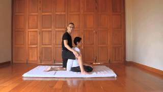 Rolling Pin (Roleau à pâtisserie) - Reviewing Thai Massage Techniques with Kam Thye Chow
