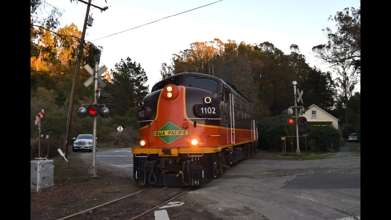 Train to Christmas Town 2015: Watsonville, CA - YouTube