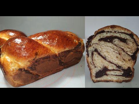 brioche-très-moelleuse,-avec-des-noix-et-cacao/-recette-traditionnelle-roumaine