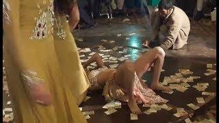 phool  preeti new nice mujra VIP weeding dance Rahim Yar Khan