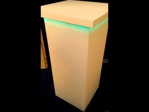 Verlichte zuil met RGB LED verlichting