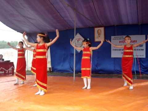 Múa ( Tây Nguyên), học sinh THCS Huống Thượng, Đồng hỉ, Thái Nguyên