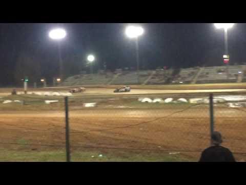 Brad Calhoun Dirt Track Racing 10/15/16 MOD
