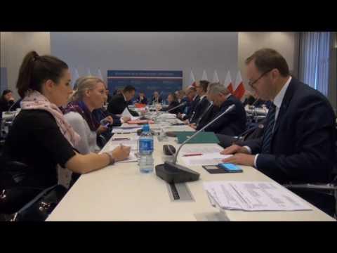 Dyskusja na temat ponownej konsultacji projektu ustawy dotyczącej polityki spójności