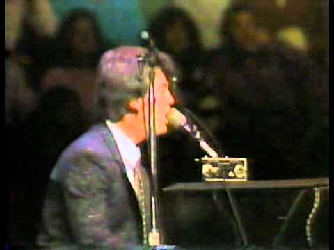 Billy Joel Live From Long Island 1982 Movin' Out Anthony's Song 7