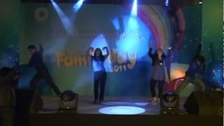 Dance ending with Pyaar ki yeh kahaani suno