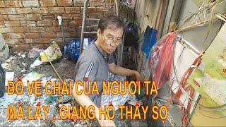 Khiếp Vía Với Các Thể Loại Trong Căn Nhà Ngập Rác Ở Sài Gòn