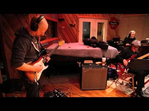 Oz Noy: Come Let Me Make Your Love Come Down with Special Guest Gregoire Maret