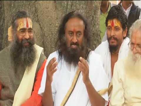 Indian spiritual guru meets Hindu leaders as mediation talks on Babri mosque begin