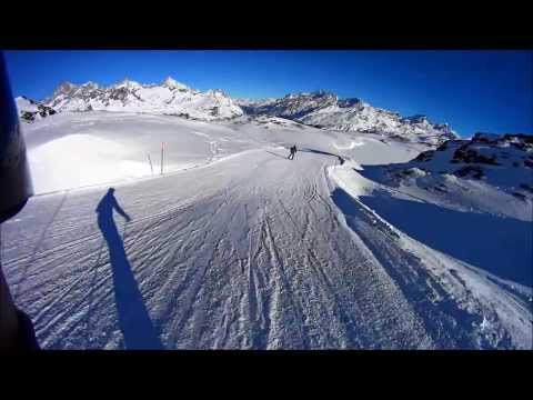 Sunny skiing in Valtournenche / Cervinia / Zermatt