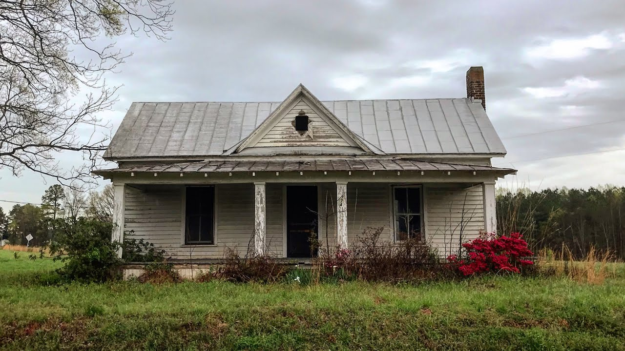 19th century Abandoned Farm Houses in Virginia