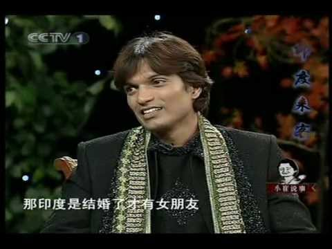 Indian guy Dilip talks about Indian culture on Chinese TV talk show