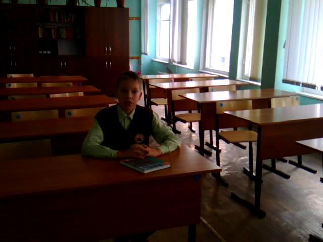 Изображение предпросмотра прочтения – АлександрСиткин читает произведение «Я вернулся на яркую землю…» В.Я.Брюсова