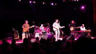 Robert Earl Keen - The Road Goes On and On thumbnail